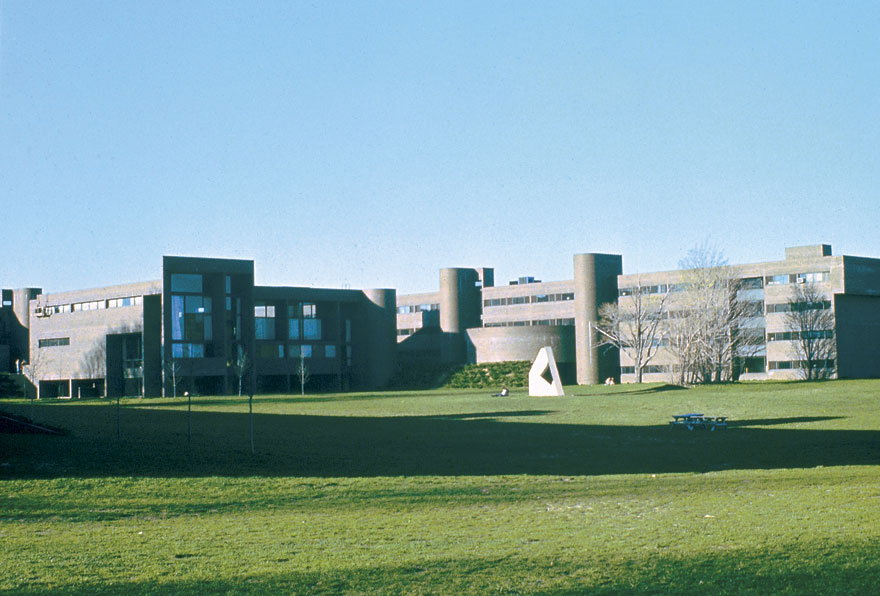 State University Of New York At Purchase Gwathmey Siegel